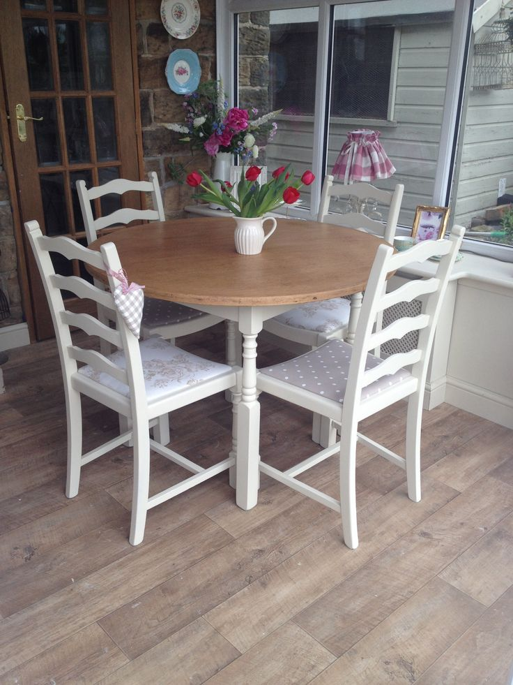 A sweet round dining table   4 chairs  Available from absolutely vintage  Find  me. 13 best upcycling images on Pinterest   Furniture  Painted