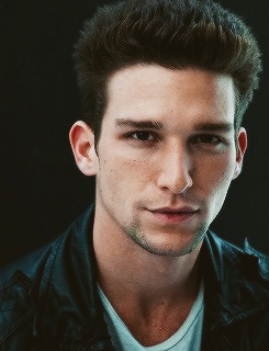 Daren Kagasoff as Dean (: (Character in Fanfic) Eventually -http://www.wattpad.com/39449880?utm_source=web:reading&utm_medium=twitter&ref_id=22206764 - link to fanfic