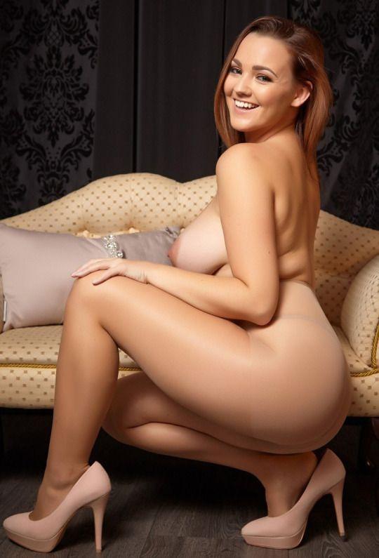 Märkä nude country girl-8666
