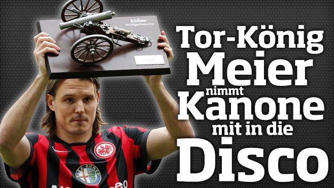 http://www.bild.de/sport/fussball/alexander-meier/nimmt-kanone-mit-in-die-disco-41075672.bild.html