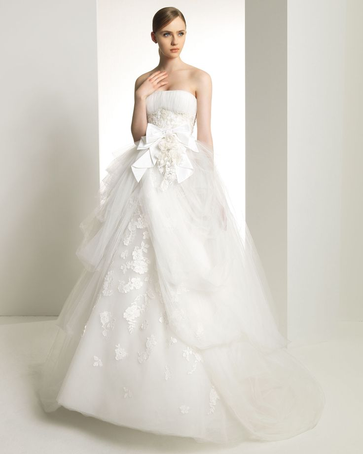 Rosa Clara Bridal Gown - Kansas from the Zuhair Murad collection