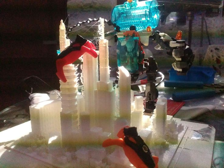 3D Printed Scaled Metropolis under Attack by our Mecha Overlords