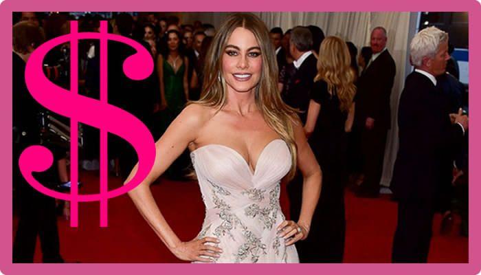 Sofia Vergara Net Worth - The Life Of A Super Model #SofiaVergaraNetWorth #SofiaVergara #gossipmagazines