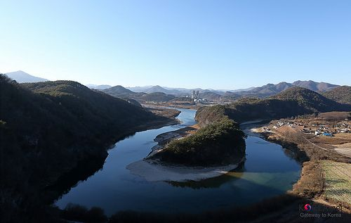 Photographic Sketch in Yeongwol-Gun, Gangwon-do:  The Korean Peninsula feature
