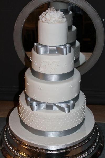 Beatriz Belliard Cake Design - French Wedding Cakes on The Amour List
