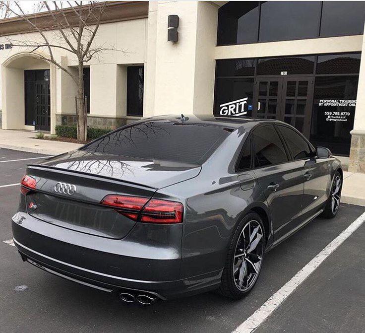 This is a rather exceptionally nice looking Audi S8 plus -- #Audi #S8plus in #russia ---- oooo #audidriven - what else @majorka.autov1p ---- -- #AudiS8plus #S8 #AudiA8 #A8 #quattro #4rings #drivenbyvorsprung #landofquattro #grey #greyS8 #audigramm #audigram #audilove #blackoptics audirussia #Россия #ауди