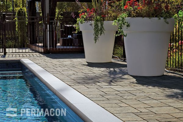 Steps and accessories | Laguna<sup>TM</sup> pool coping