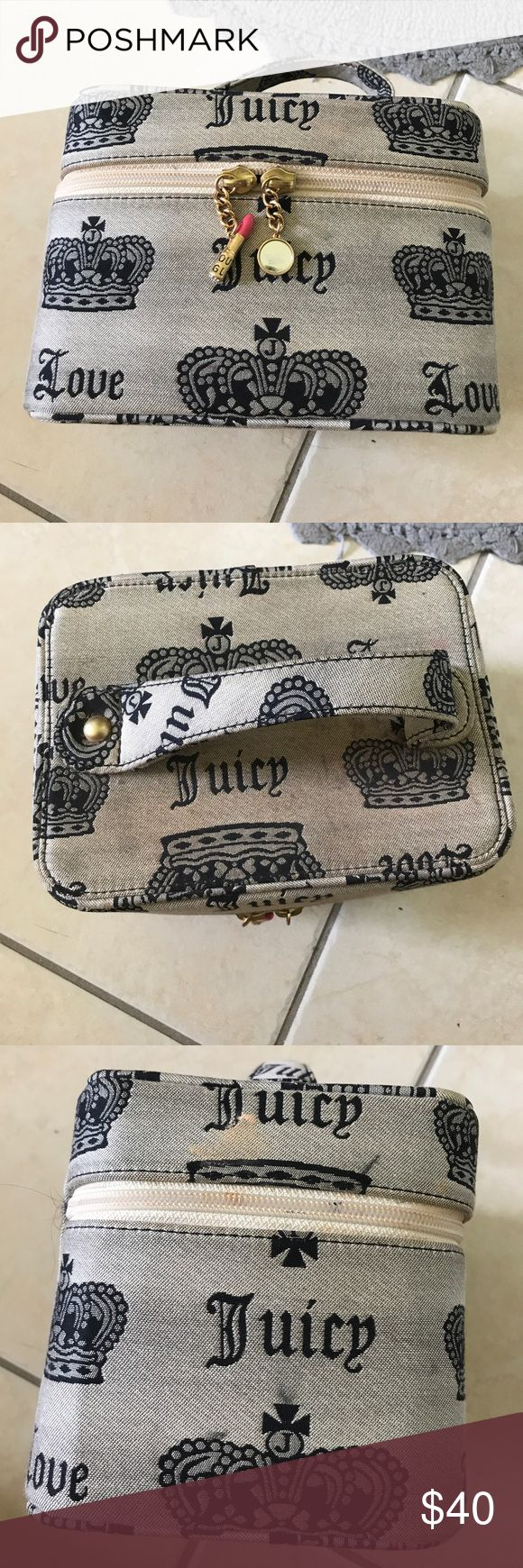 Vintage juicy couture make up case It's in good condition as far as rips or tears but it does have some make up stains which can be removed. The inside is clean. Juicy Couture Bags Cosmetic Bags & Cases