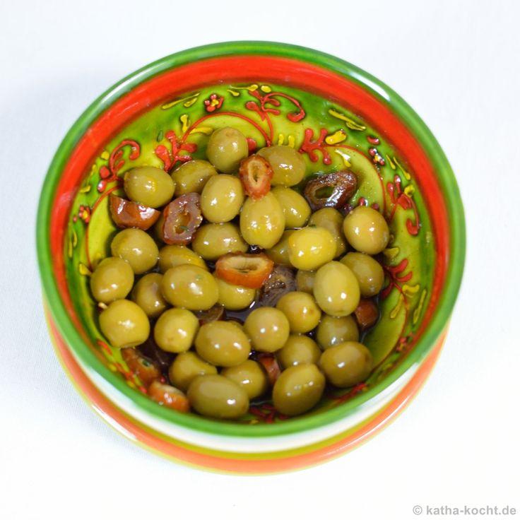 Tapas ✓ Marinierte Oliven mit Datteln Rezept