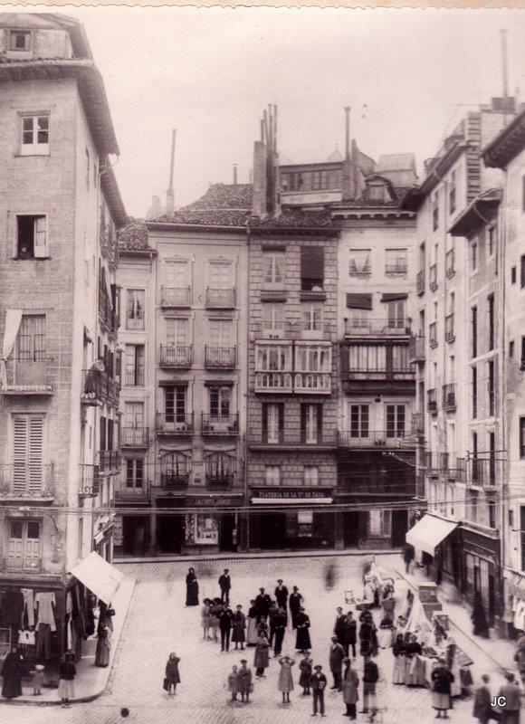 La Plazuela del Ayuntamiento en 1906
