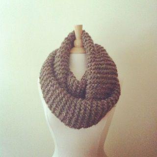 #knitwear #madeincanada #supportlocal #locallymade #westcoastliving #greatnorth #elkco #holidaygiftideas