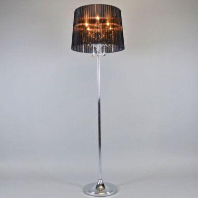Die #Stehleuchte Ann-Kathrin 5 chrom mit schwarzem Schirm. Mit einem edlen Lampenfuß kombiniert wird ein Kronleuchter zu einer stilvollen Stehleuchte! Das Licht wird durch den Organza-Plisseeschirm stilvoll gestreut und das #Glaskristall ragt effektvoll unter dem Schirm hervor.