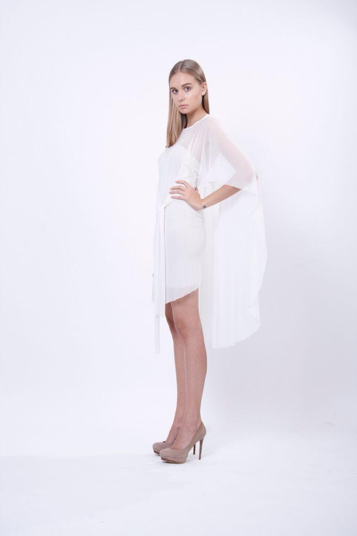 transparent dress 5 in 1, design Lucie Kutálková, LEEDA store