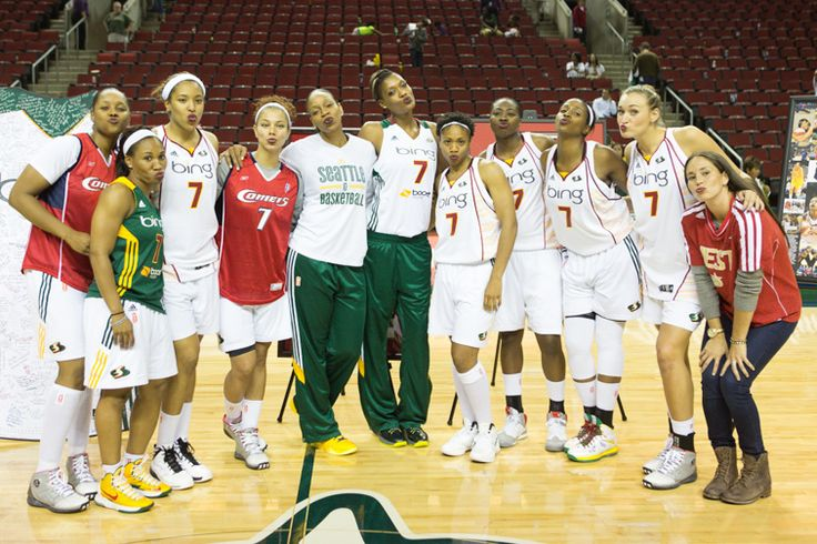 Storm teammates pose with Tina following her final WNBA regular-season ceremony. Her teammates wore #7 jerseys and her famous MAC Diva lipstick to honor Tina. Photo credit: Neil Enns/StormBasketball.