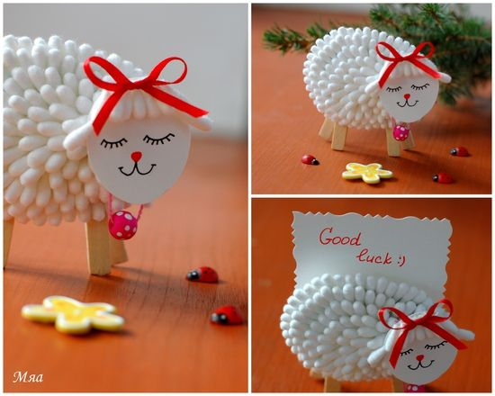 A little lamb made with cotton swabs