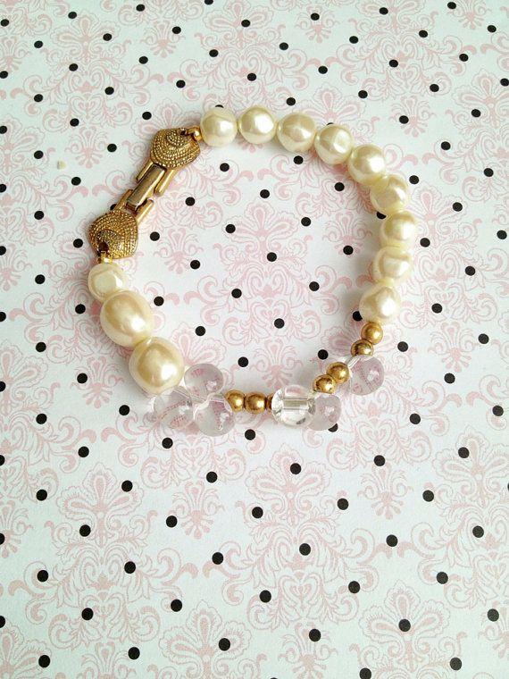 Richelieu signed pearl bracelet
