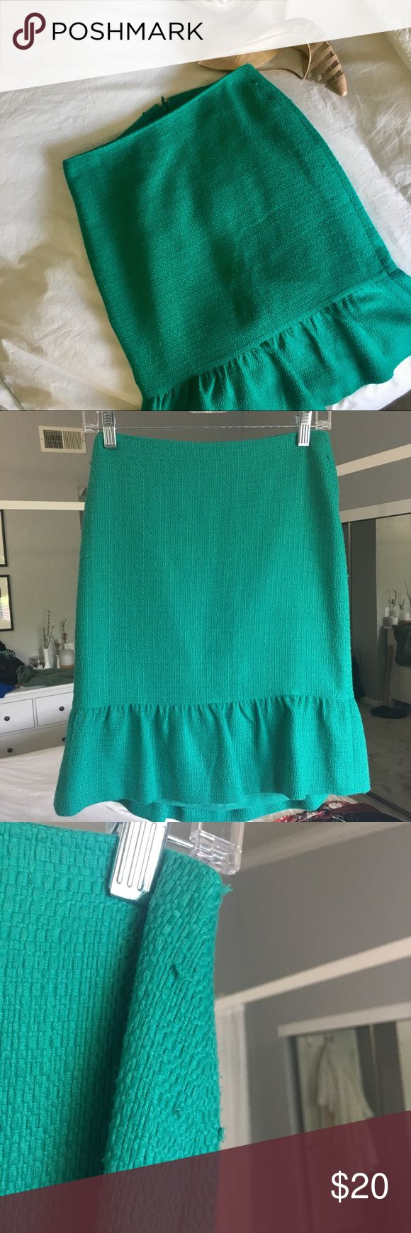 Ann Taylor size 0 teal skirt with ruffle Spring is around the corner! Beautiful teal skirt. Has a few snags/defects. Look at pictures carefully. Other than that, it's in great shape. Ann Taylor Skirts Pencil