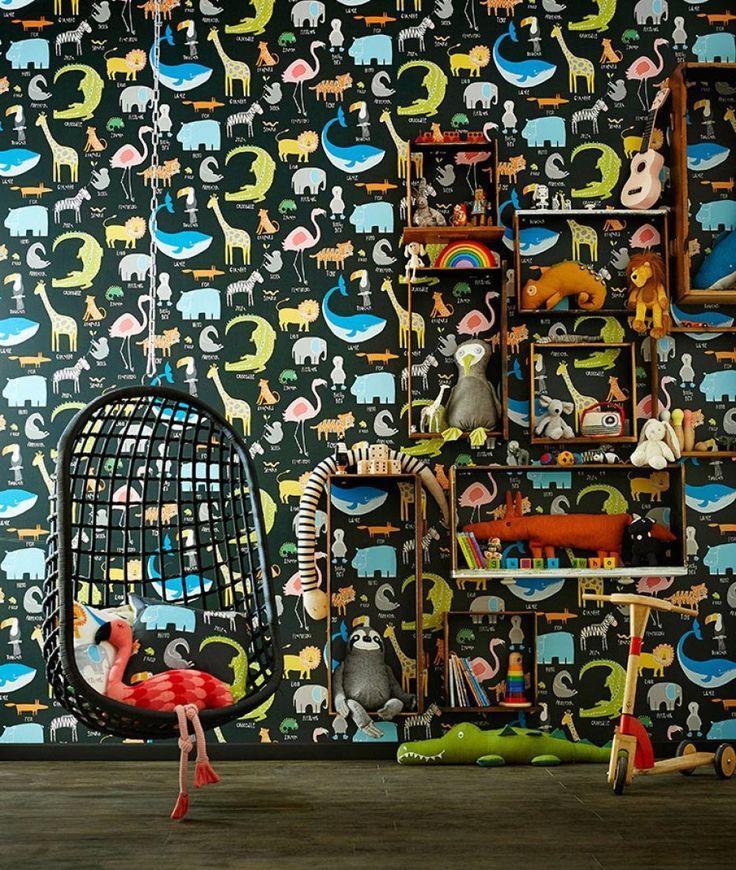 51,90€ Preis pro Rolle (pro m2 7,49€), Kindertapeten, Trägermaterial: Papiertapete, Oberfläche: Glatt, Optik: Matt, Design: Tiere, Grundfarbe: Schwarz, Musterfarbe: Blau, Gelb, Grau, Grün, Orange, Eigenschaften: Lichtbeständig, Nass zu entfernen, Tapete einkleistern, Wasserbeständig