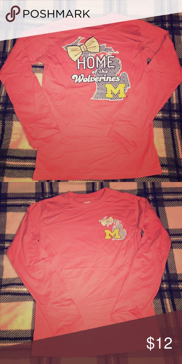 U of M Football Tee Rep the merch for University of Michigan Football 🏈 In this SOFF SOFT SOFT cozy coral colored Southern Tees inspired design 🎀 1st pic is back - 2nd pic is front 🛍 Tops Tees - Long Sleeve