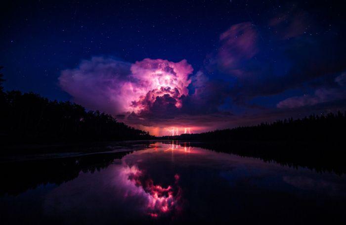 Ядерный взрыв. Автор фотографии: Пол Лавуа.