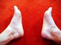 Zranění nohy  –  chodidla (patní ostruha, únavové zlomeniny), jak se bránit, co s tím, když už mě to potká