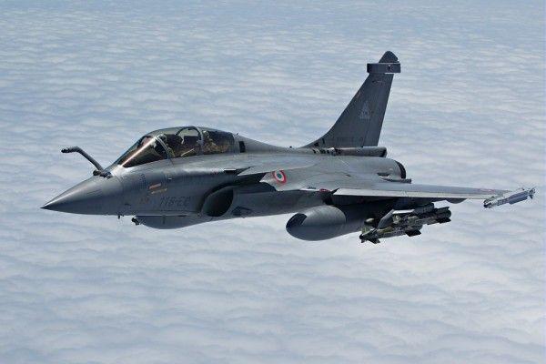 Mesir Terima 3 Unit Jet Tempur Dassault Rafale Dari Prancis | http://www.hobbymiliter.com/2453/mesir-terima-3-unit-jet-tempur-dassault-rafale-dari-prancis/