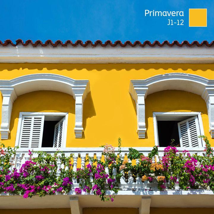 Hoy inicia la poca en la que los colores brotan de todas for Colores para exteriores de casa