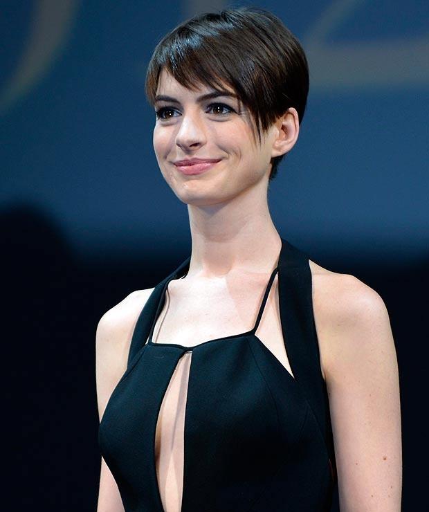 Anne Hathaway Short Hair: Anne Hathaway - Short Hair