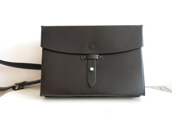 Cartable en cuir noir vintage
