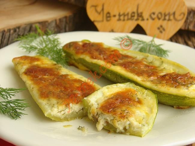 Fırında Peynirli Kabak Sandal Resimli Tarifi - Yemek Tarifleri