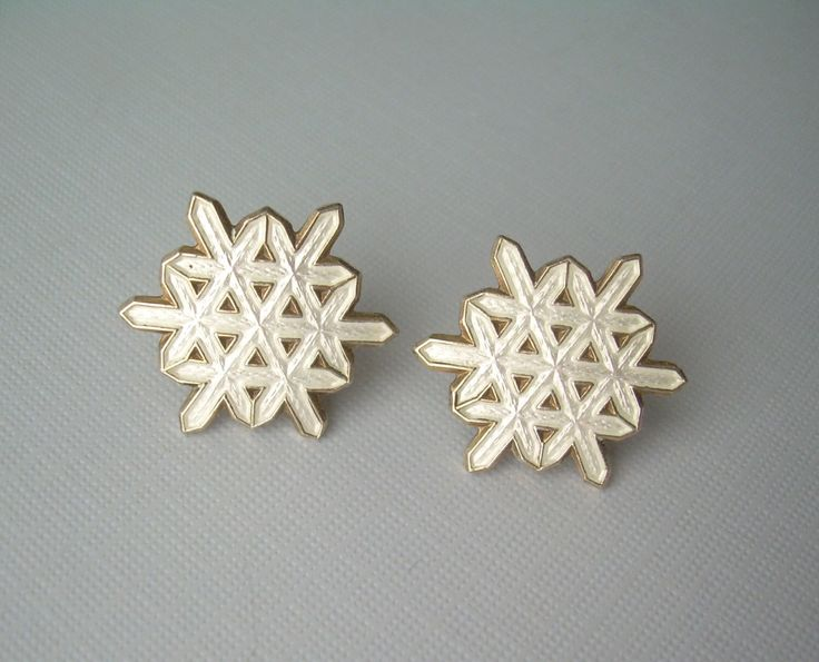 "Snowflake Post Earrings-Vintage Guilloche Gold On Silver-White Enamel-Collectible Oslo Designer Ottar Hval ""Sterling 925S"" Norway Hallmark by CougarCoveFineGifts on Etsy https://www.etsy.com/listing/260896519/snowflake-post-earrings-vintage"