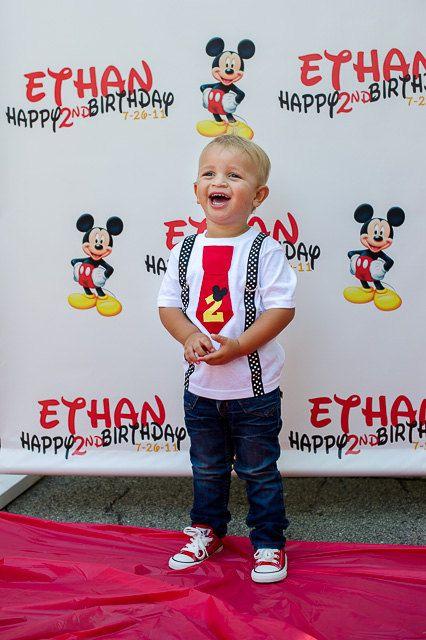 Cumpleaños Mickey Mouse camiseta corbata roja y por HomeArtsBoerne