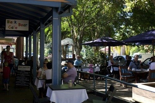 Bellingen main street has heaps of cafes, boutiques and craft stores.
