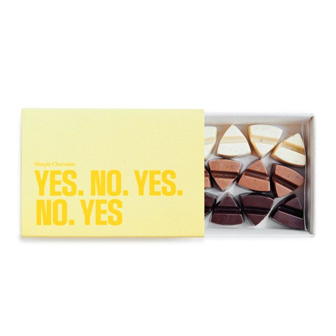 Box 'Yes No Yes No Yes' by Simply Chocolate (with 15 delicious pieces of chocolate)