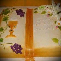 Znalezione obrazy dla zapytania torty komunijne księgi z koronkami
