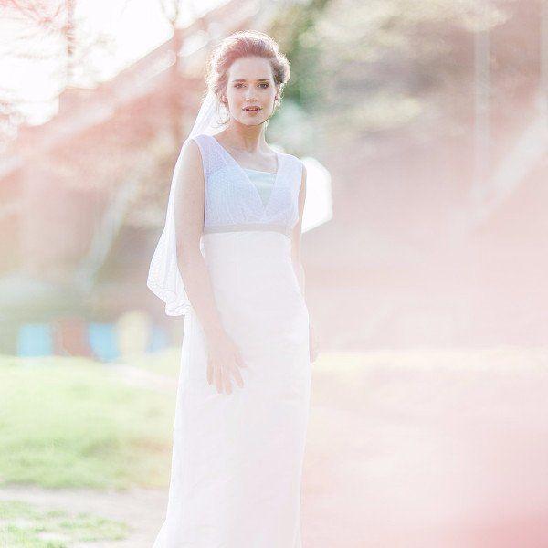 Hochzeitskleid mit Trägern aus Tupfen-Tüll - Lilia