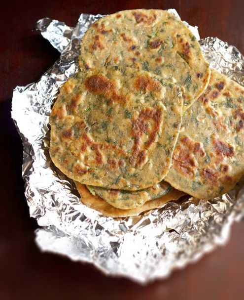 The palak parathas can be had with lemon or mango pickle or even with curd or white butter.