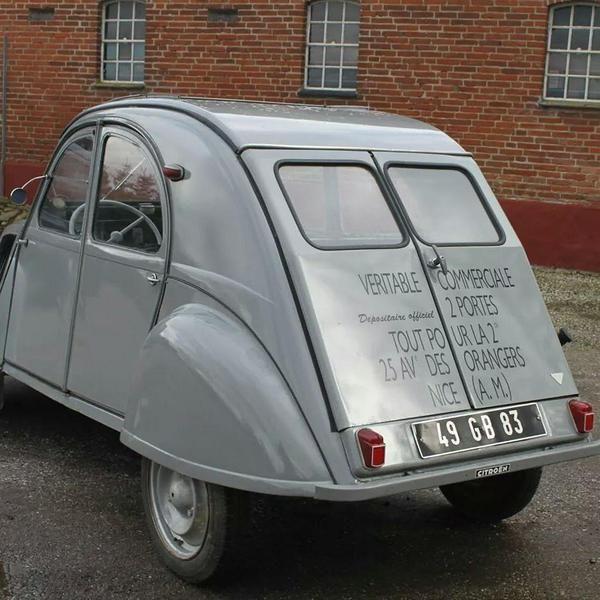 Citroën 2CV apart