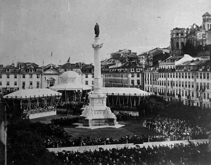 Cerimónia de Inauguração da Estátua de D. Pedro IV, a 29 de Abril de 1870, na Praça do Rossio. Colecção GEO