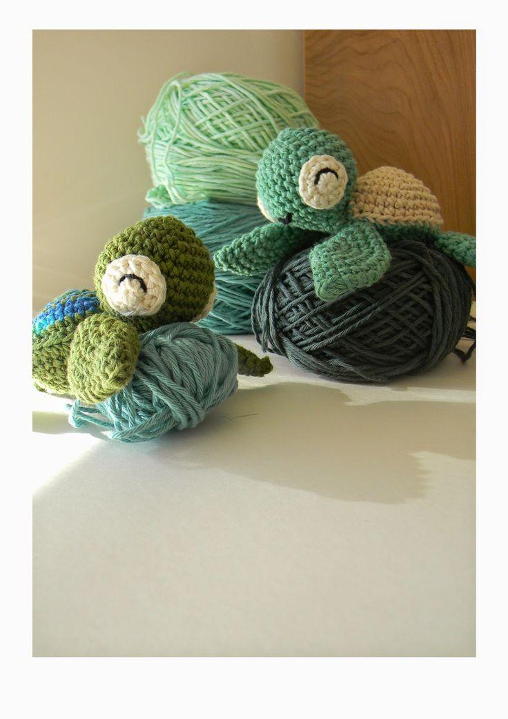 Cutest little crocheted turtle.