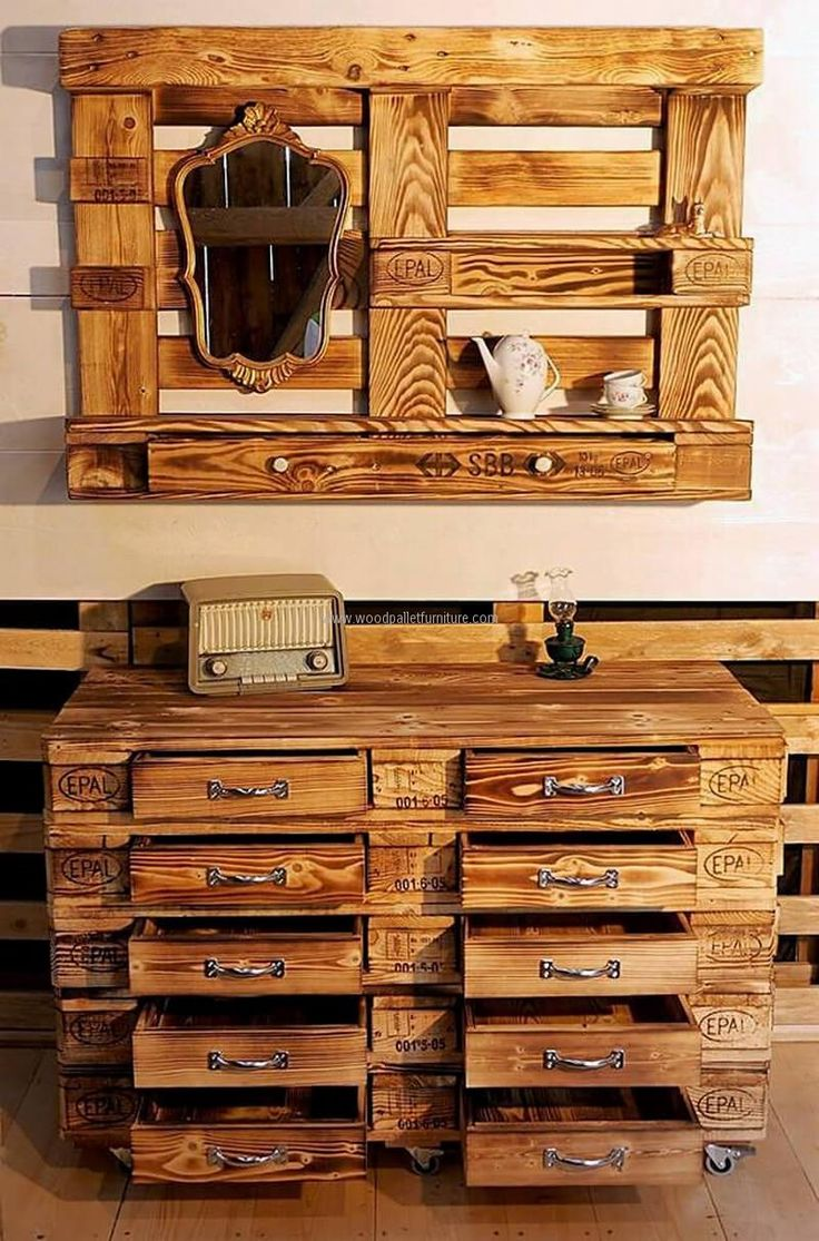The set created with the wood pallets look awesome, so here we have presented an idea with which one can create a chest of drawers and wall art giving same look. The wall art contains the mirror and the space to place the decoration pieces to adorn the area.