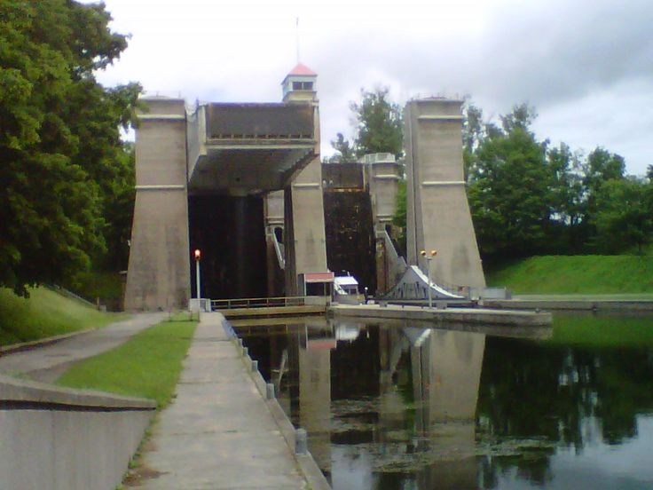 Peterborough Ontario Canada most famous attraction the Liftlock #roadtrip #Canada https://www.yd.com/peterborough/default.aspx