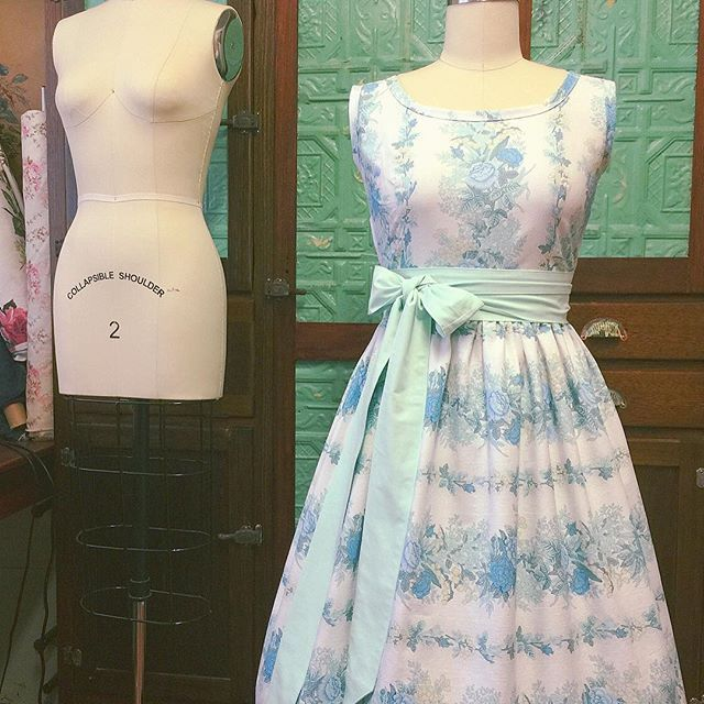 """""""~ minty fresh ~ I have so much fun working with linear floral prints. They take a little more time and thought to cut so the print is centred on the bodice (back and front) and the floral lines up seamlessly around the skirt...but it's worth it. #vintagelove #vintagefabric #vintagewedding #sopretty #sewing #handmade #madewithlove #teadress"""