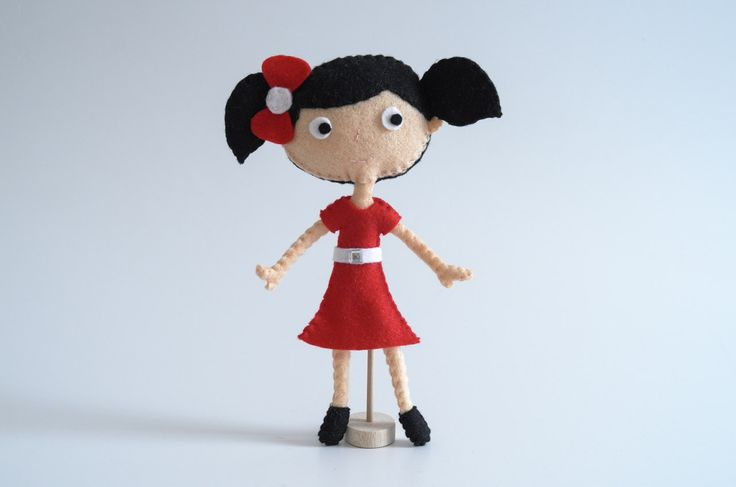 Happy girl buy at #Broilly #KinkinPuppetsStore #handmade #handcrafted #marketplace #onlineshop #craft