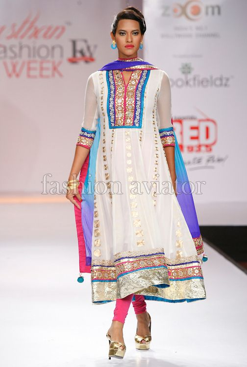 JAIPUR, INDIA - MAY 24: A model walks the runway at the Surbhi Shah and AKS Spring/Summer 2012    Find Similar Exclusive Laces and fabrics @ www.lacxo.com