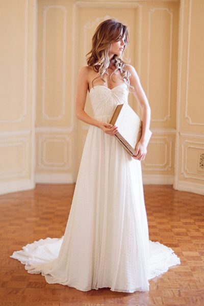 Modern Wedding Gowns: Ivy & Aster | Modernly Wed