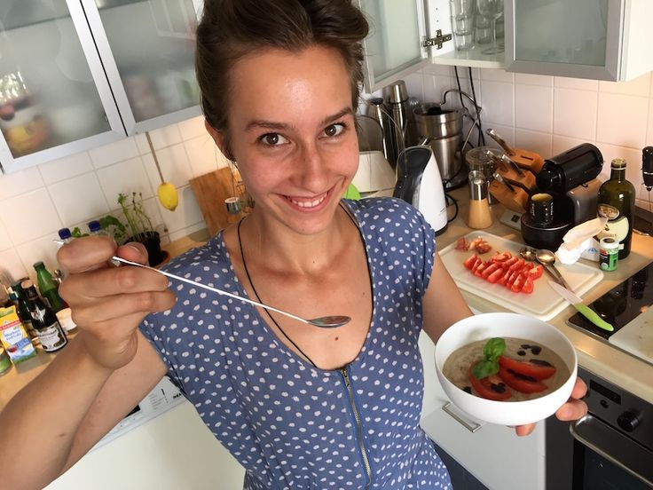 So essen sogar Kinder gern Auberginen! Rumänisches Rezept, das bei mir im Haushalt sogar Auberginen-Hasser zu Auberginencreme Liebhaber werden lies...