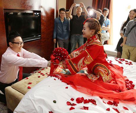 高档中式结婚礼服古装喜服秀禾服新娘礼服唐装秀和服红色龙凤褂女