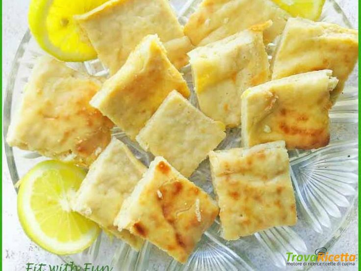 Brownie Fit al Limone e Avena di Erika Lombardi  #ricette #food #recipes