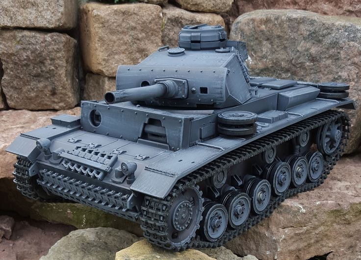 PANZER III Metal Upgrade, Airbrush lakering, 2.4 GHz-Edition, grå - RC Kampvogn